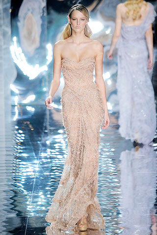 Amazing Lace: Elie Saab SS/10 COUTURE | Girl Meets Dress