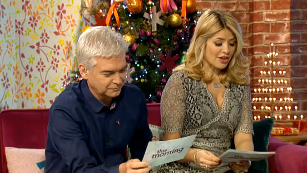Holly Willoughby This Morning Girl Meets Dress Holly Willoughby Steals The Show Wearing Girl Meets Dress On This Morning