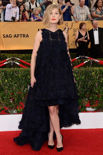 Rosamund Pike SAG Awards Dress Girl Meets Dress