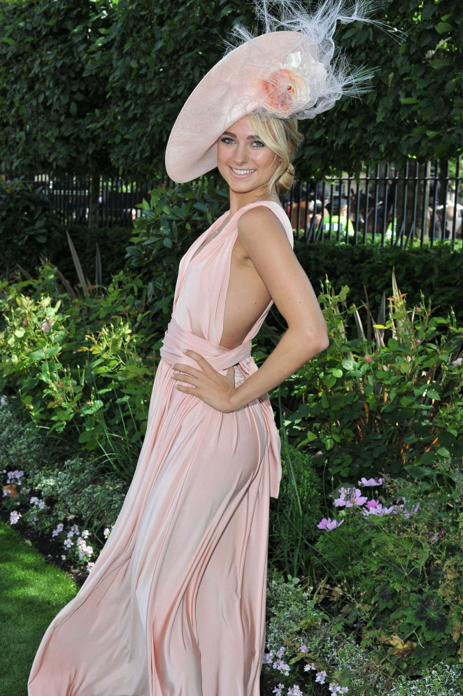 Kimberley-Garner--Royal-Ascot-2015-Ladies-Day--06-662x995