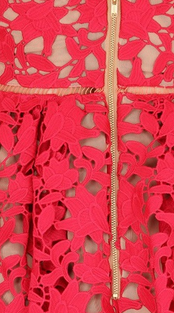 Self_Portrait_AZAELEA_LACE_DRESS_red5