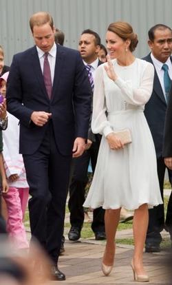Beulah_Sabitri_Dress_Powder_Blue_Girl_Meets_Dress_hire_Kate_Middleton_Duchess_of_Cambridge_08fdbb2b-25b7-4d30-a960-a3892d2405df_large