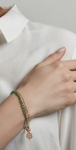 yellow-gold-vermeil-green-onyx-four-leaf-clover-biography-bracelet_3